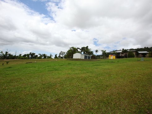 43 Pease Street Tully, QLD 4854