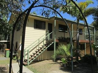 16 Mawson Street Macleay Island , QLD, 4184
