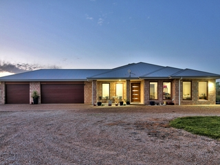 11 Balfours Road Lucknow , VIC, 3875