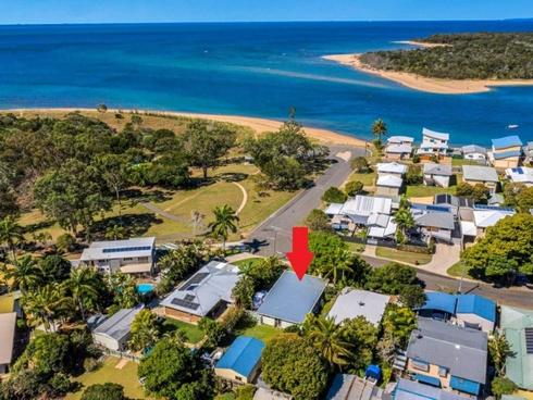 89 Wyndham Avenue Boyne Island, QLD 4680