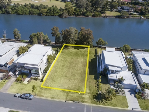 3035 The Boulevarde Benowa, QLD 4217