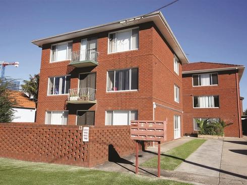 8/13 George Street Wollongong, NSW 2500