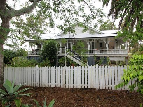 6-8 Mangerton Street Toogoolawah, QLD 4313