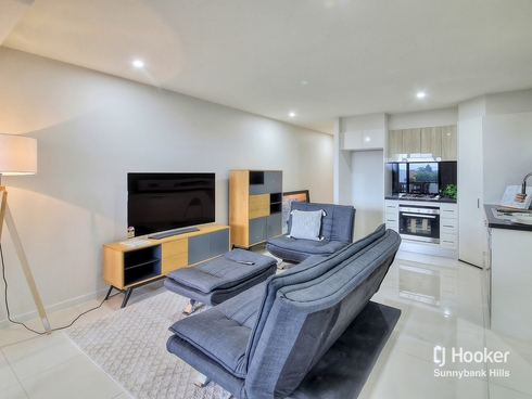 2106/1-5 Cremin Street Upper Mount Gravatt, QLD 4122