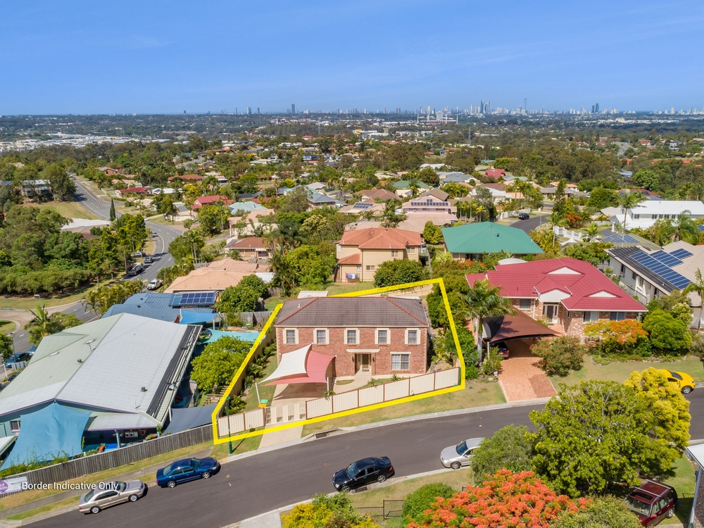 4 Bellavista Close Highland Park, QLD 4211