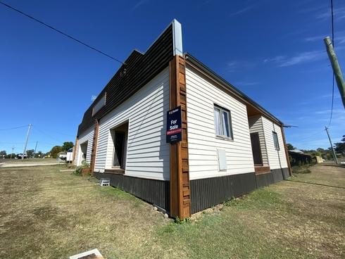 11 Cairnscroft Street Toogoolawah, QLD 4313
