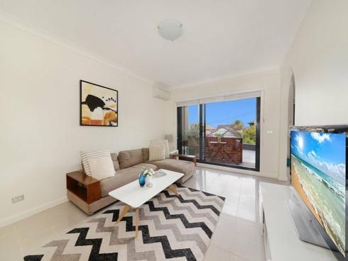 1/10-12 Fletcher Street Bondi, NSW 2026