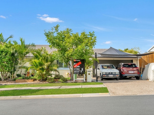 2/33 Bellinger Key Pacific Pines, QLD 4211
