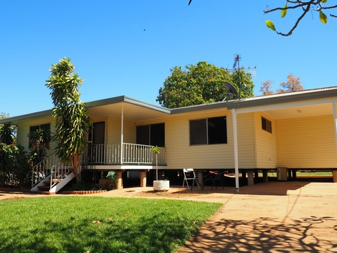 8 Shaw Crescent Mount Isa, QLD 4825