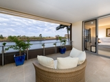 415/3 Pendraat Parade Hope Island, QLD 4212