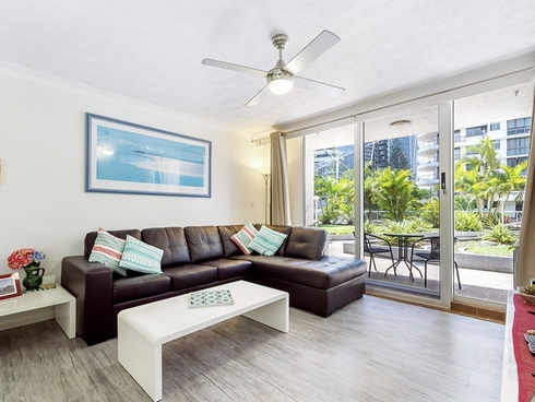 3/220 Surf Parade Surfers Paradise, QLD 4217