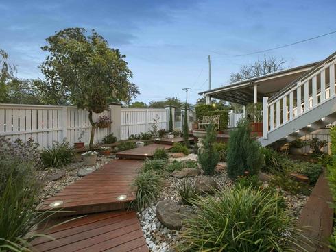 24 Instow Street Yeronga, QLD 4104
