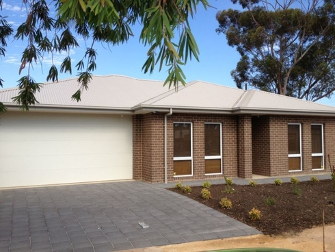 2b Sefton Avenue Northfield, SA 5085