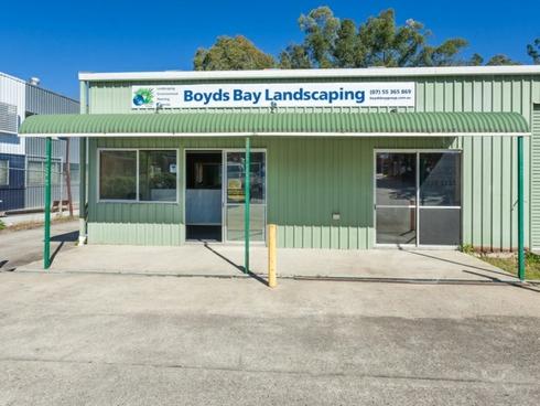 6 Staple Street Seventeen Mile Rocks, QLD 4073
