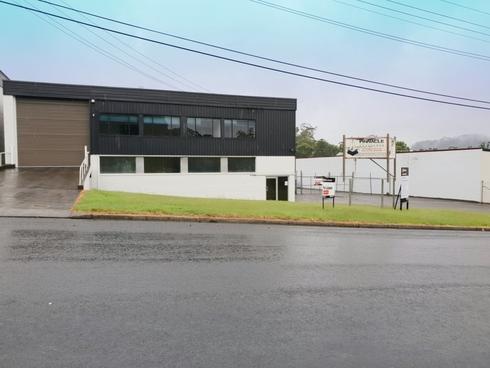 4 Carnarvon Road West Gosford, NSW 2250