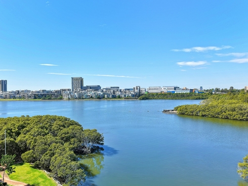 66/29 Bennelong Parkway Wentworth Point, NSW 2127
