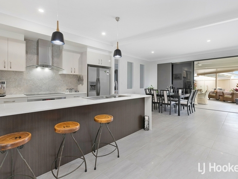 5 Hideaway Court Thornlands, QLD 4164