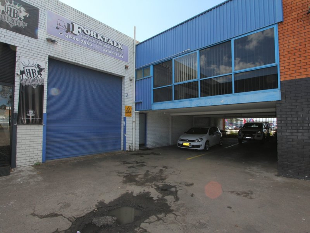 2/49 Blaxland Road Campbelltown, NSW 2560