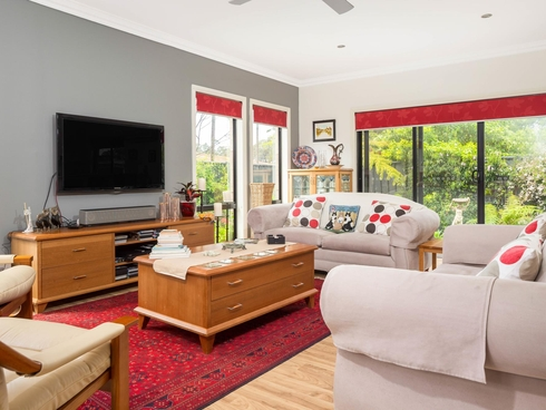 2/16 Henry Place Long Beach, NSW 2536