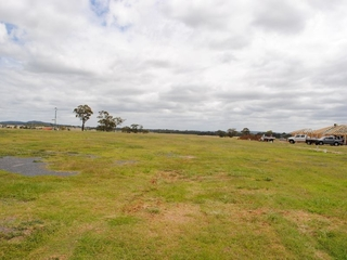 Lot 18 Derby Drive - Stage 3 Griffith Estate Rosenthal Heights , QLD, 4370