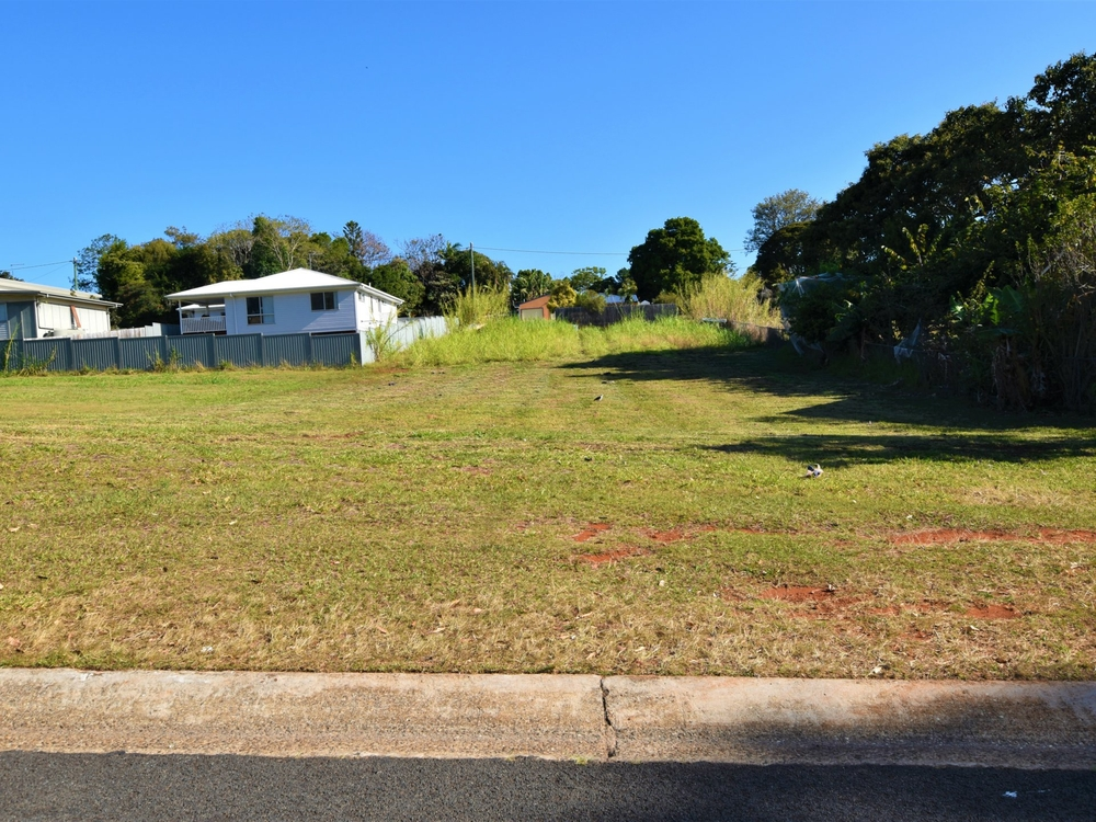 18 Kings Rd Russell Island, QLD 4184