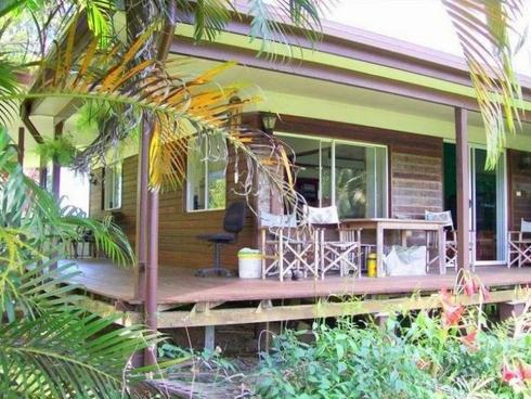 12 McRobbie Road Silkwood, QLD 4856