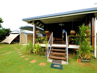 90 Tully Heads Road Tully Heads , QLD, 4854