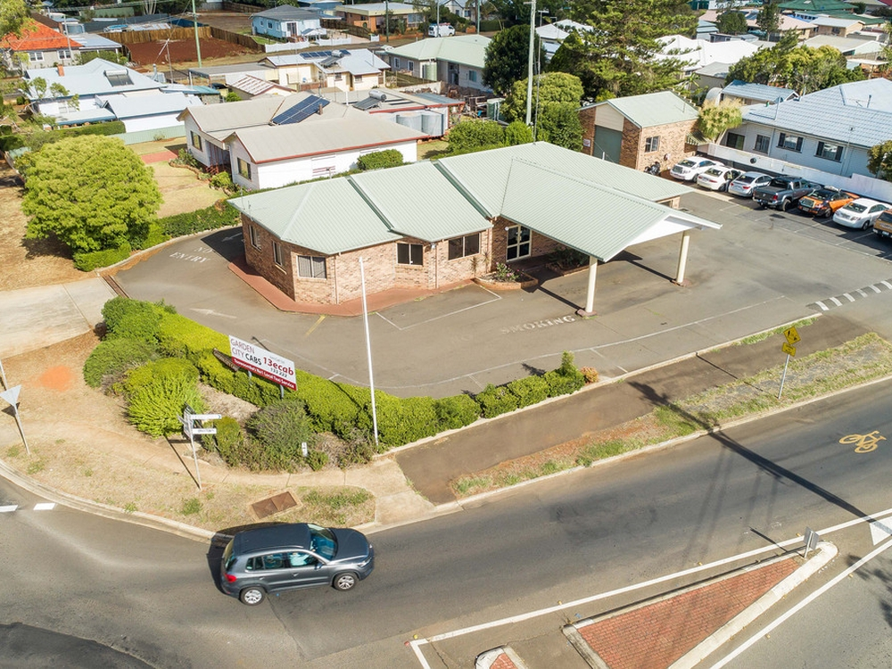 84 Drayton Road Harristown, QLD 4350