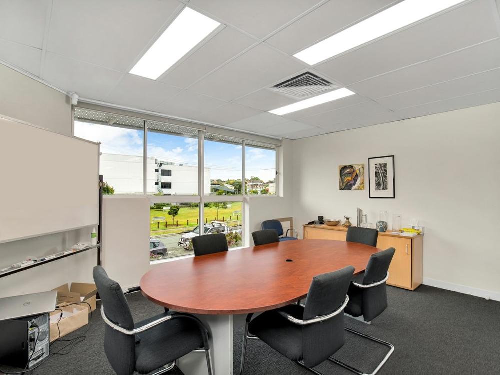 1/61 Holdsworth Street Coorparoo, QLD 4151