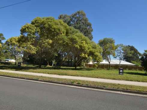 270-272 Centre Road Russell Island, QLD 4184