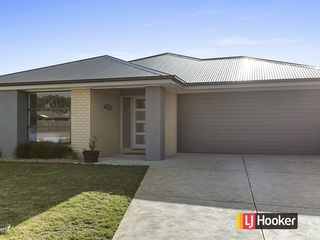 15 Citadel Way Inverloch, VIC 3996