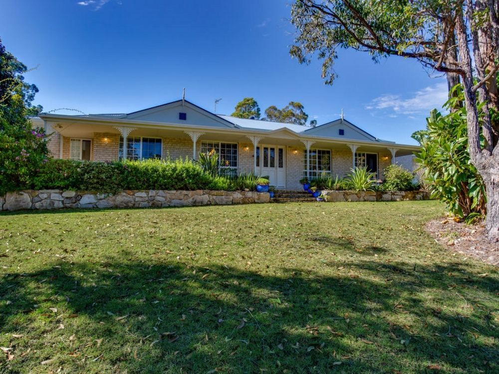 10 Nabberu Street Maudsland, QLD 4210