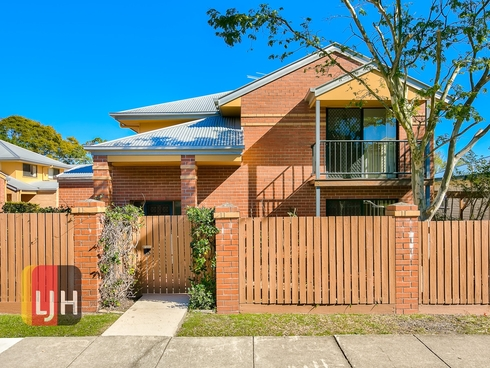 1/33 Alva Terrace Gordon Park, QLD 4031