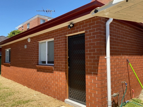 2C Rhodes Avenue Guildford, NSW 2161
