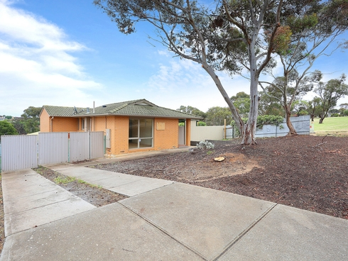 17 Cumberland Crescent Huntfield Heights, SA 5163