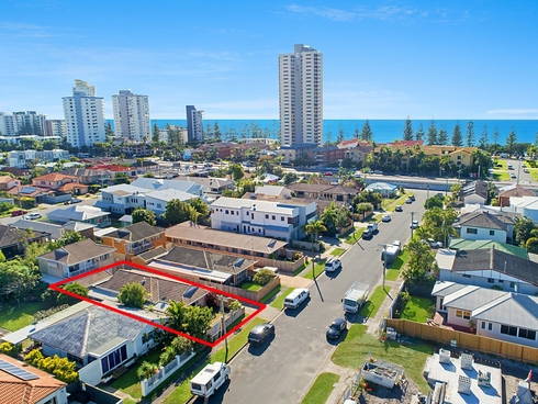 1/15 Cedar Court Burleigh Heads, QLD 4220