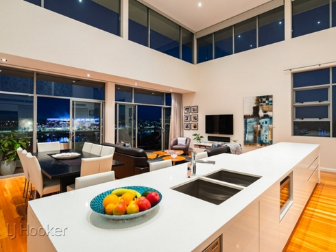 Penthouse 2/47 Tully Road East Perth, WA 6004