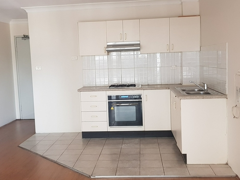 39/8-10 Fourth Avenue Blacktown, NSW 2148
