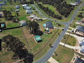 1 Farrow Close Woodford , QLD, 4514