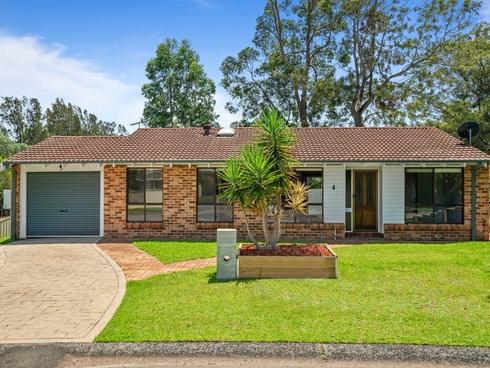 4 Sawyer Close Green Point, NSW 2251