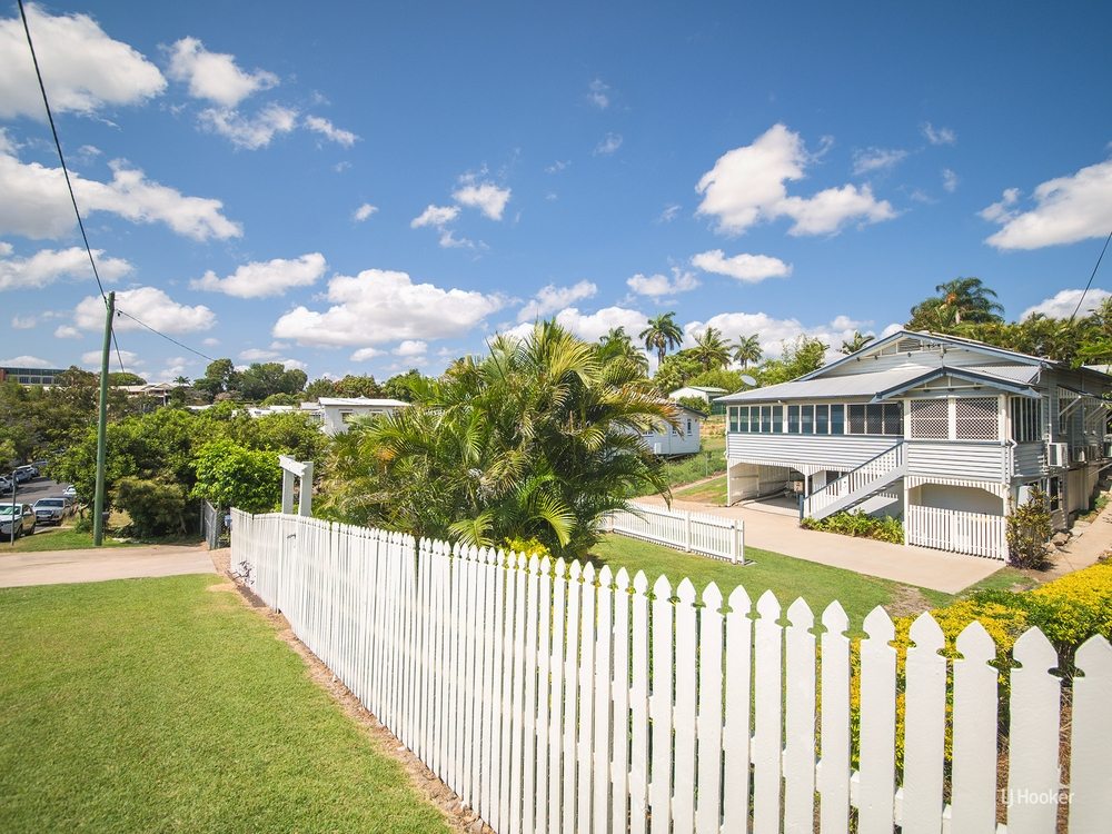 6 Kellow Street The Range, QLD 4700