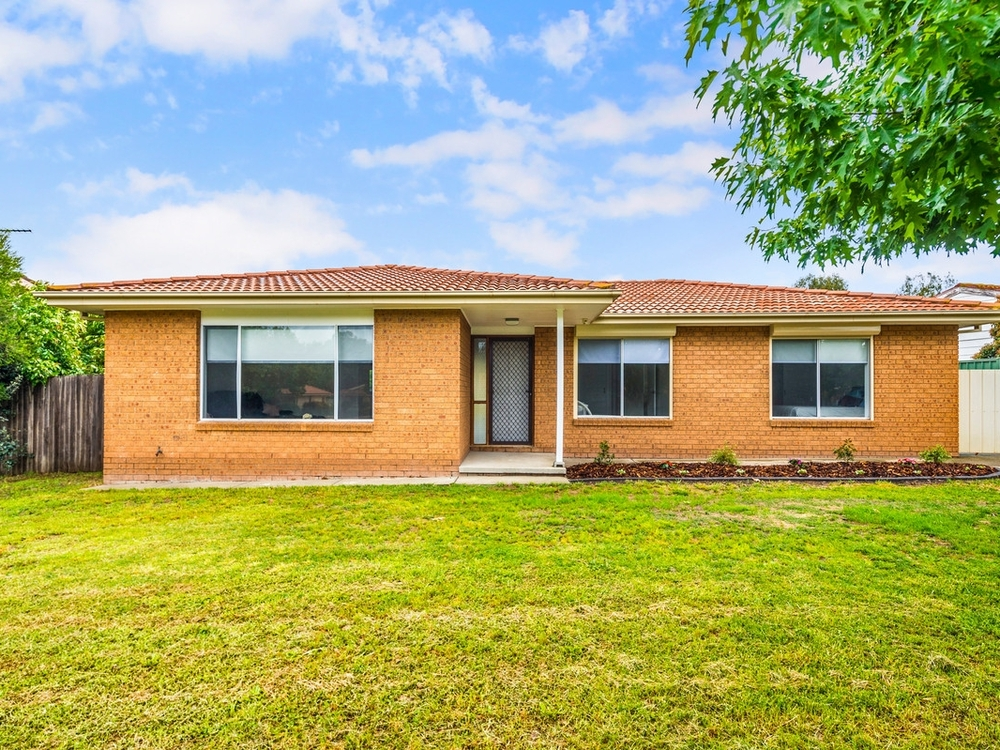 167 Ellerston Avenue Isabella Plains, ACT 2905