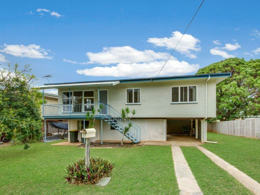 17 Norris Street West Gladstone, QLD 4680