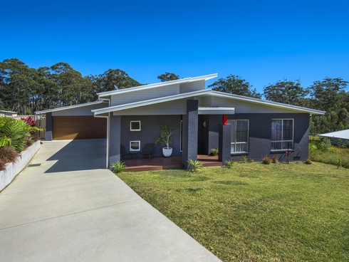 16 Seaforth Drive Valla Beach, NSW 2448