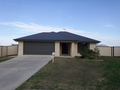 13 Lockyer Crescent Roma, QLD 4455
