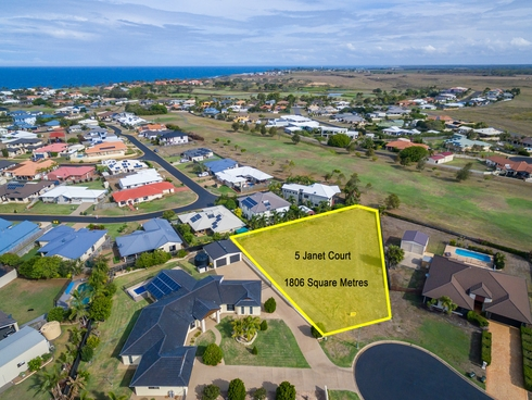5 Janet Court Coral Cove, QLD 4670