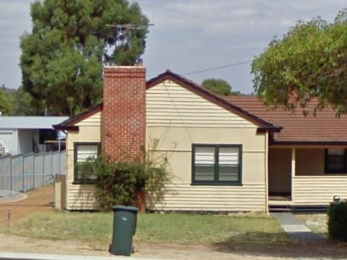 18 Moore Street Collie, WA 6225