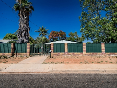 36 Brett Avenue Mount Isa, QLD 4825