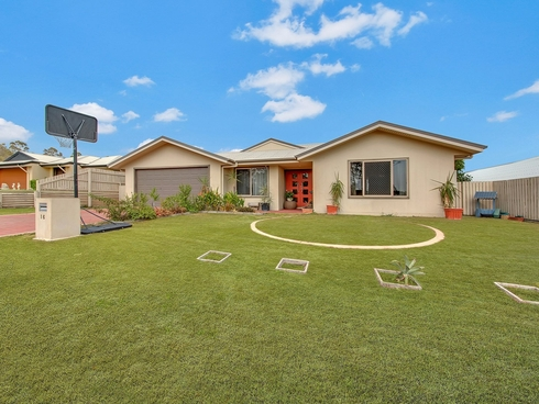 16 Bristol Place Clinton, QLD 4680