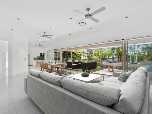 3 Ainsley Avenue Ashmore, QLD 4214
